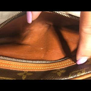 Louis Vuitton Bags - 🌼Marly Dragonne GM (old model)🌼